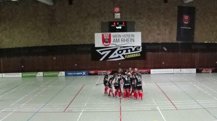 Die Bonner Floorballerinnen verlieen knapp gegen den Deutschen Rekordmeister im Pokal